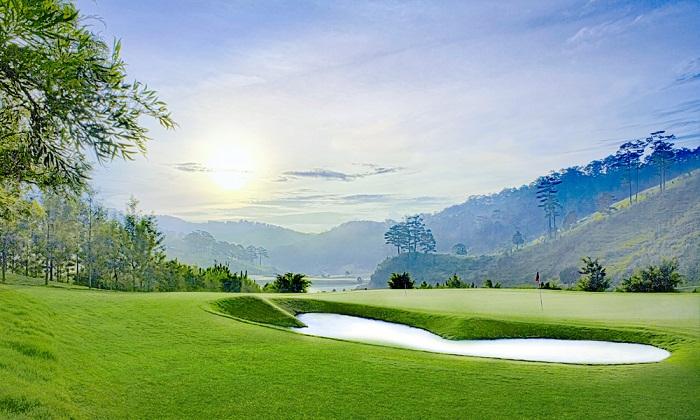 Sacom golf1