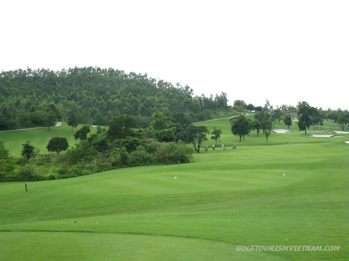 Tam-Dao-Golf-Resort1