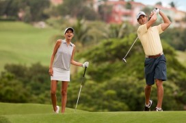 couple-playing-golf-1024x7681 (1)