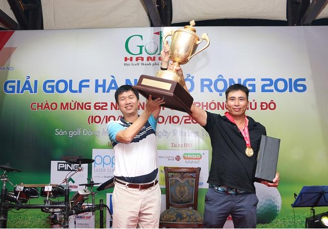 Golfer Lê Minh Hoàn là người xuất sắc nhất tại giải đấu khi anh giành chức vô địch với điểm Gross 74.