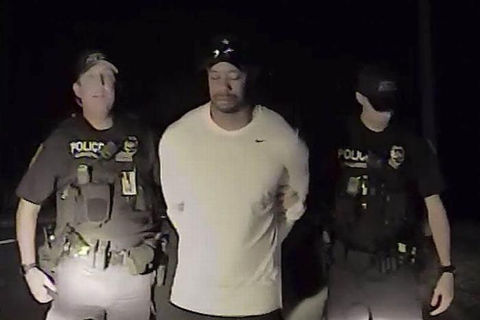 Tiger Woods bị bắt tại Jupiter, Florida
