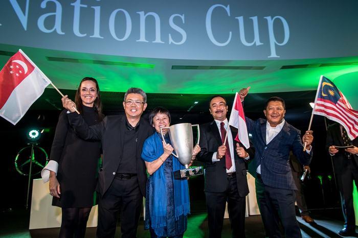 Team South Asia (Indonesia, Malaysia, Singapore) vô địch giải