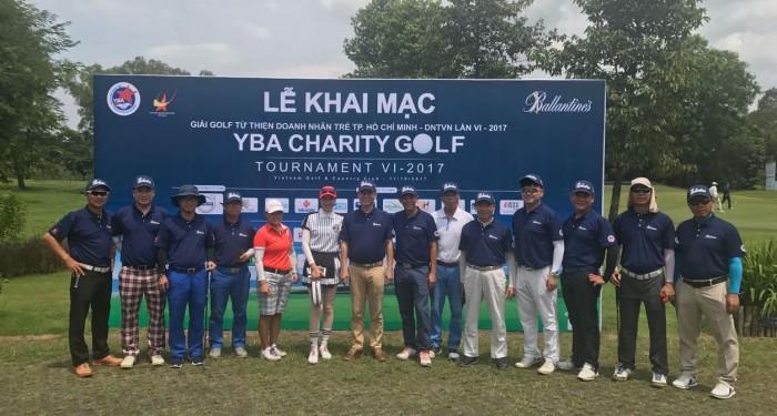 Các golfer thi đấu tại giải