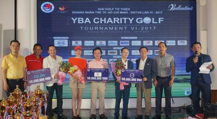 Các mạnh thường quân chung tay golf sức cho quỹ từ thiện