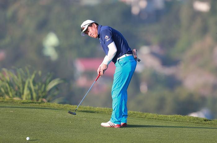 Golfer Song Jae Won vô địch với thành tích 75 gậy