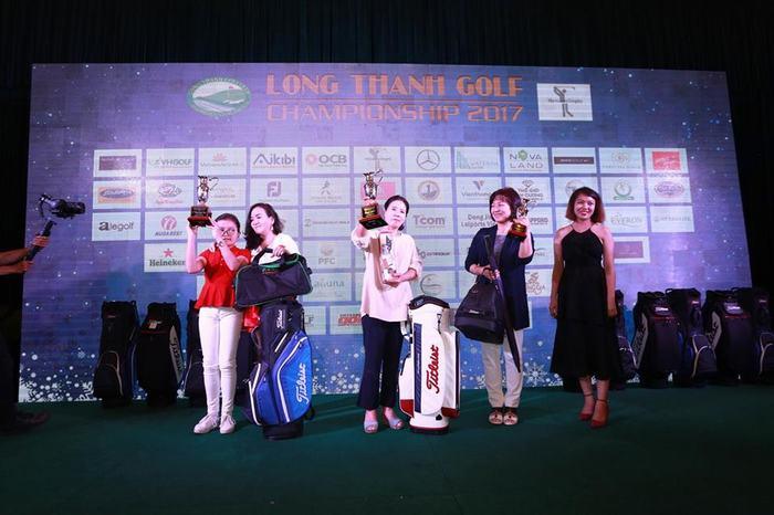 Chị Lim Young Bok – Giải Nhất Bảng Nữ