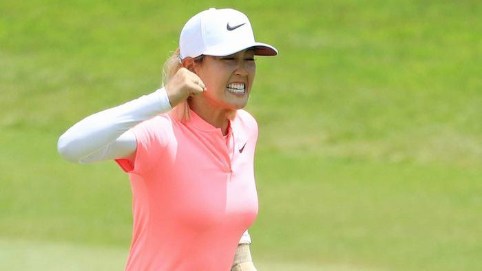 Cảm xúc của Michelle Wie khi thực hiện thành công cú putt