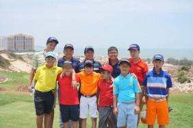 11 golfer nhí có chuyến đi luyện tập ở Hồ Tràm