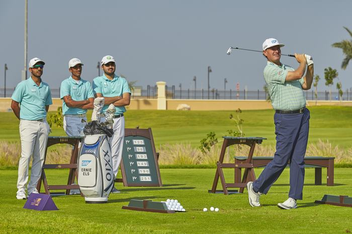 Ernie Els Demonstrates for members of the Saudi National Team