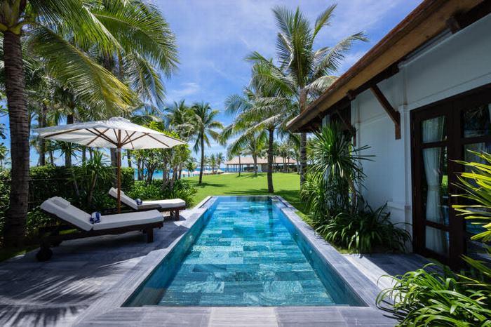 Biệt thự với hồ bơi riêng tại The Anam