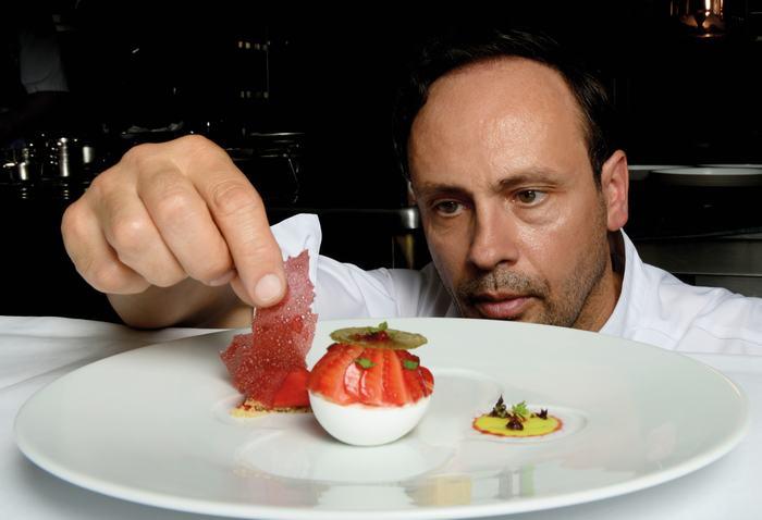 Metropole Hanoi - Les Aromes Festival - Two Michelin star chef Thierry_Drapeau (1)