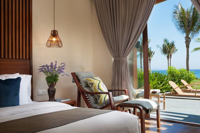 Tất cả các Villas, Condotel và phòng khách sạn tại Mövenpick Resort Cam Ranh đều hướng biển và nhìn thấy biển
