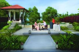 BTVNLC_79764701_Destination_Dining_-_In_Villa_Dining