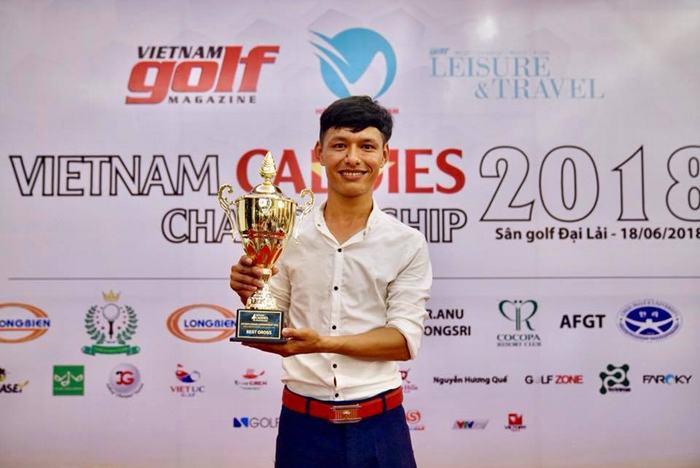 Nguyễn Văn Dương vô địch giải với 82 gậy