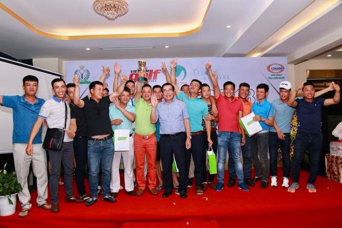 Đội sân golf Long Biên giành chức vô địch đồng đội