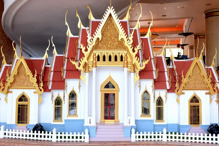 Model of Wat Benchamabophit Dusitvanaram Temple made by Hanoi Daewoo Hotel team