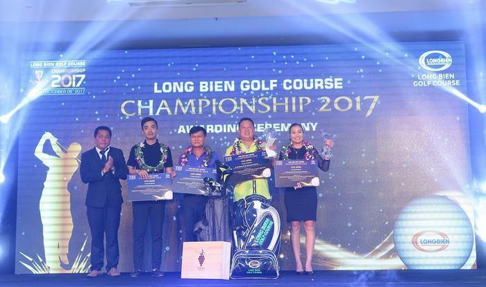 "Golfer đạt giải trong Giải đấu ""Long Bien Golf Course Championship 2017"""