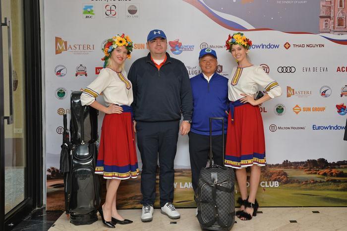 Giải đấu có sự tham gia của những người bạn Nga