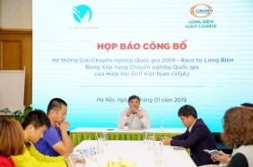 Ông Phạm Thành Trí - Chủ toạ buổi họp báo