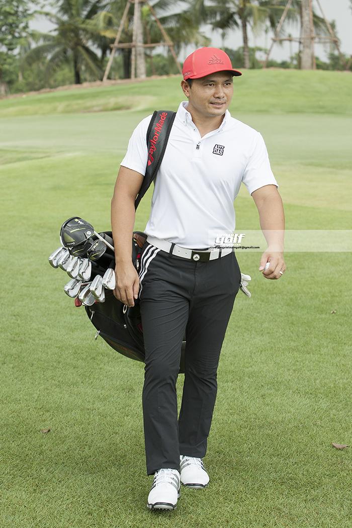 Golfer Thái Trung Hiếu bắt đầu sử dụng sản phẩm của TaylorMade từ năm 2017