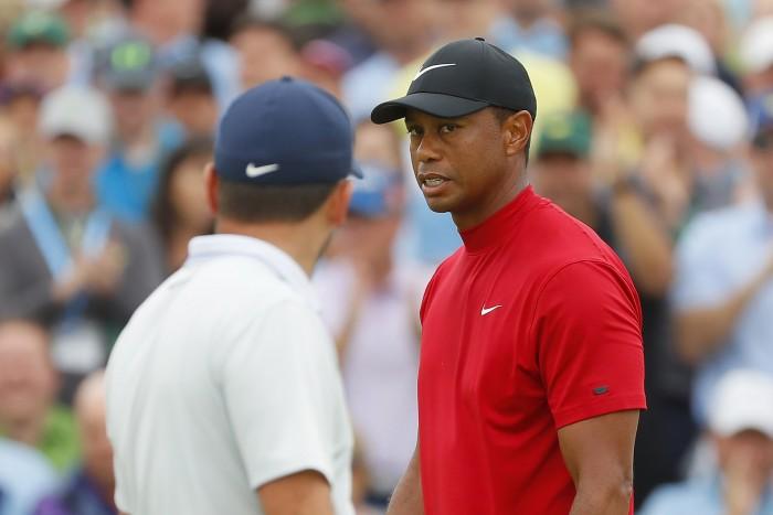 Cả thế giới chỉ hướng về duy nhất Tiger Woods