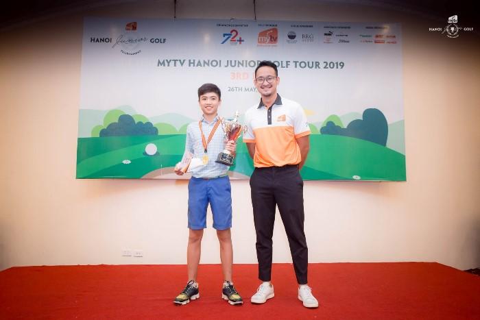 Nguyễn Quang Trí vô địch vòng 3